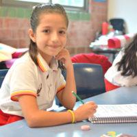 Niña Educación Primaria Cancún Colegio Lowry School
