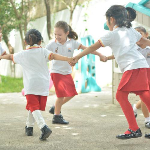 Área de juegos Colegio Lowry School Cancún