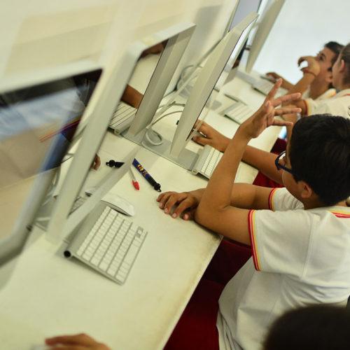 Área de Computadoras Colegio Lowry School Cancún