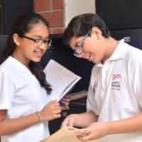 Jóvenes de Educación Secundaria en Cancún Colegio Lowry School