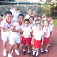 Niños en colegio escuela